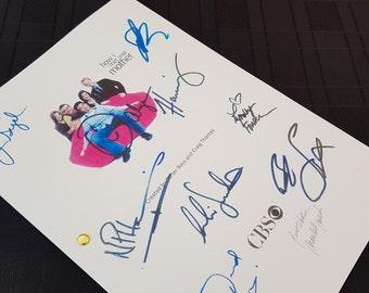 How I Met Your Mother TV Show Pilot Script with Signatures / Autographs Reprint HIMYM Unique Gift Christmas Xmas Present Film Movie Fan Geek