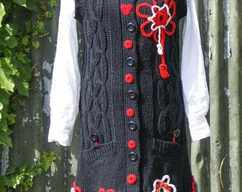 Long black Avantgarde wool vest