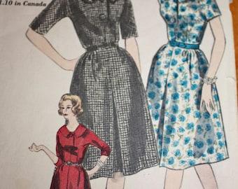 Vintage Shirtwaist Dress Pattern---vogue 5187---Size 18  Bust 38
