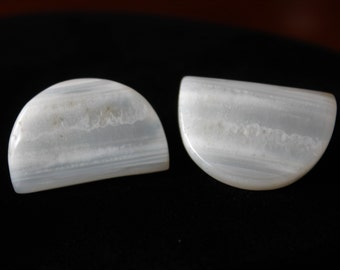 White Gray Agate Earrings Semi Circle Banded Agate 50s Clip On Earrings