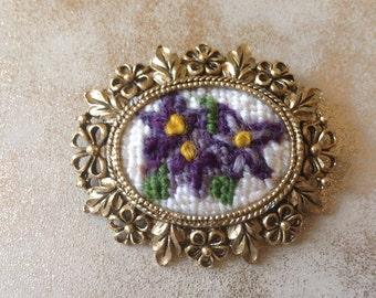 Vintage Needlepoint brooch