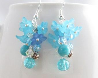 Cluster earrings, Flower earrings, turquoise dangle earrings