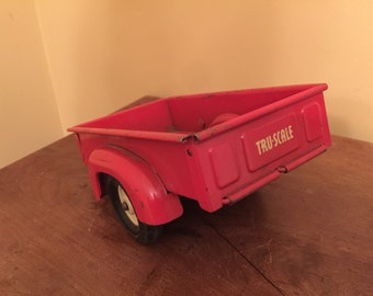 Vintage Tru-Scale Truck Bed/Tru-Scale Tail End Truck Bed