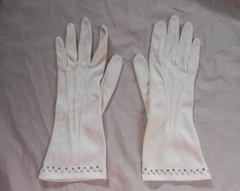 1950's Vintage White Dress Gloves Adorned with Pearls and Rhinestones Size 6 1/2
