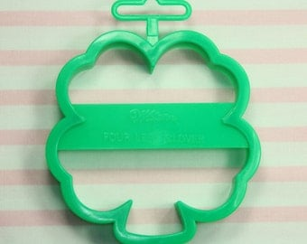 Collectable 4 Leaf Clover 1992 Wilton St. Patrick's Day Cookie Cutter