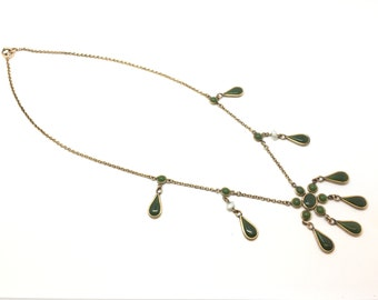 Victorian Antique Necklace made of gold fill metal with Spinach Jade and Natural River Pearls, c. 1890-1900.