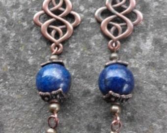 Drop earrings with semiprecious stones