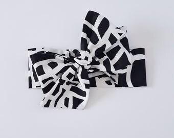 Baby Headwrap // Baby Head Scarf // Black // Top Knot // Cotton Head Wrap // Boho Baby // Photo Prop