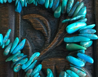 """AA Natural Blue Turquoise Top Drilled Nugget/Chip Beads 8"""" Strand"""
