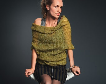Hand knitted light kid mohair-silk pullover. XS-S-M-L. 62 colors available. Light/super soft. Spring/summer trend. Made-to-order