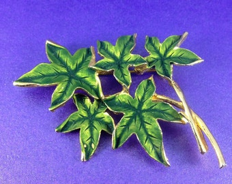 Vintage 'Hollywood' Brooch, Ivy Leaf Brooch, Green Enamel Brooch, 1960's Brooch, Vintage Gift