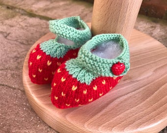 Strawberry themed baby booties - soft double knit wool