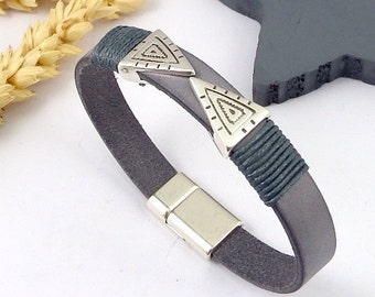 tuto bracelet leather grey triangles boho bead and silver plated clasp Kit