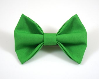 Bright Green Bow. Baby Photo Prop. Toddler Barrette. St Patricks Bow. Toddler Hair Bow. Baby Hair Clip. Toddler Hair Clip. Green Baby Bow.