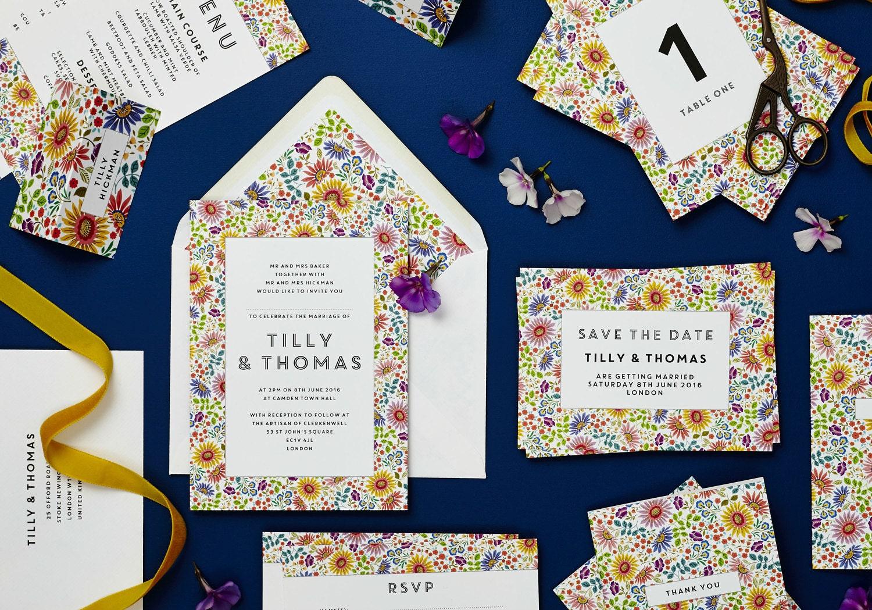 Bright flowers wedding set