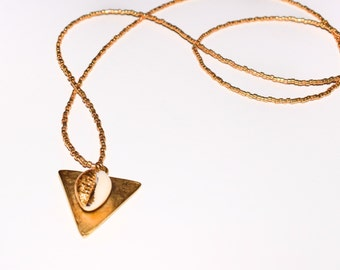 Cleopatra Triangle cauri golden necklace