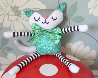 Plush Baby Cat Toy - Infant/Baby/Toddler