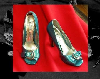 TURQUOISE high HEEL PUMPS, vegan vinyl vintage heels, aqua vintage shoes, open toe pumps, 1980s vintage  high heels, Vintage footwear