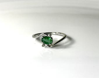 EMERALD RING, May birthstone , emerald faceted ring, emerald engagement ring, Gold emerald ring, antique emerald ring ,emerald jewellery