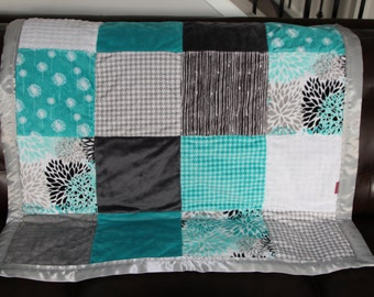 Minky patchwork blanket with satin binding