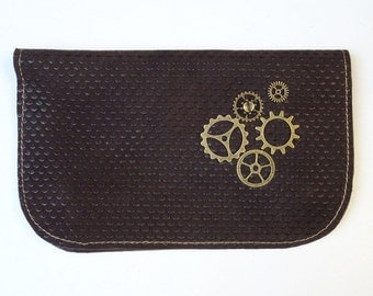 tobacco pouch in grey/green/brown leather with gears steampunks