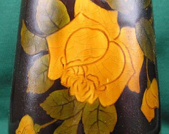 Standard Glaze Vase with Yellow Roses
