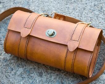 Full grain veg tanned leather bag