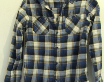 A Boy's,Vintage 90's,Thin Long Sleeve Plaid Flannel HOODIE Shirt By Mambo.M (12/14)
