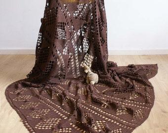 Crochet brocante Brown bedspread. Handmade vintage blanket/plaid