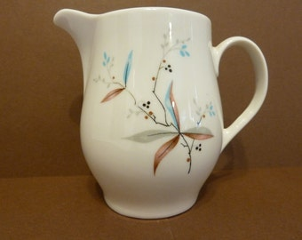 Syracuse, Creamer, Made in USA, Carefree True China, Finesse Pattern