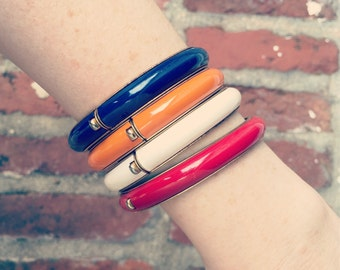 Colored Oval Bangles / Gold Metal Hinged / Set of Navy/White/Orange/Red Bracelets