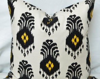 Nate Berkus El Convento Mesa - Decorative Pillow Cover with Ikat Pattern / Both Sided / 18 x18