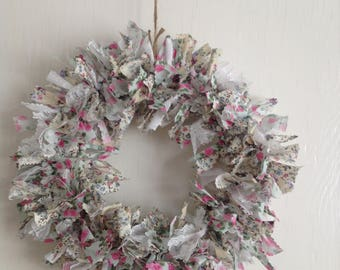 Rag garland using pretty floral fabrics and lace