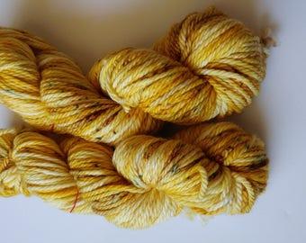 Hand dyed yarn, 100g Bulky weight, Superwash merino, Yellow, Ready to ship, Amber Waves