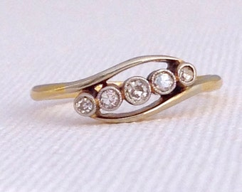 Antique ~ Art Deco ~ Five Stone Diamond Crossover Ring ~ 18ct Gold and Platinum ~ UK Size M or US 6 ~