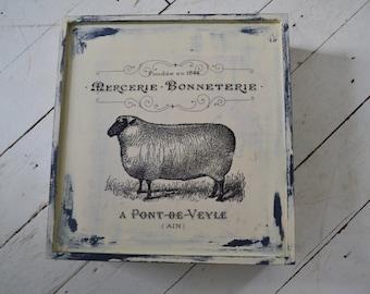 Storage Box / Decorative Vintage Style Tea Box / Upcycled Jewelery Box