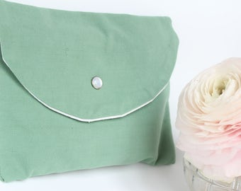 Kit green case in hand for hair accessories, toiletry, pouch handbag - emerald green - small size