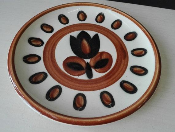 Boch kimono dinner plates