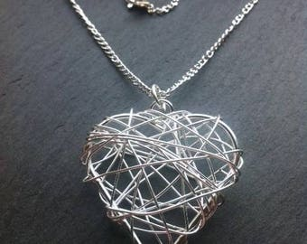Silver plated wire heart necklace