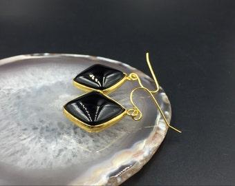 Black Onyx Earrings Square Gemstone Earrings Gold Bezel Set Gemstone Earrings Square Drop Earings Black Earrings Dangle Earrings Everyday