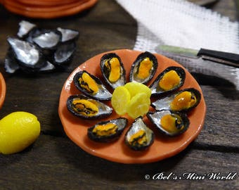 Cooked Mussels Tray
