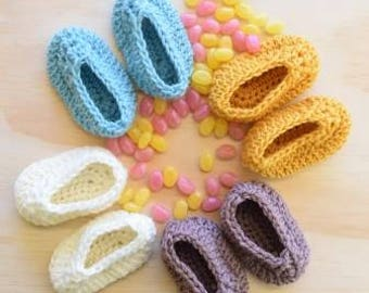 Baby booties, crochet baby booties, knit baby booties, soft baby shoes, newborn booties