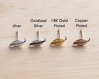 Tiny Leaf Stud Earrings, Leaf Cartilage, 925 Sterling Silver, Feather Earrings, Delicate stud earrings - SB1-4