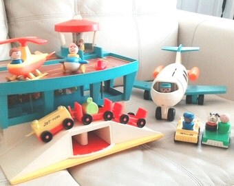 Vintage Fisher Price 1972 #996 Play Family Airport 100% with a lot of extra