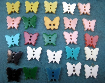 "Lot of 25 Vintage Realistic Goofy Colorful  Butterfly's Bakelite Early Plastic One Size 1/2"" Across"