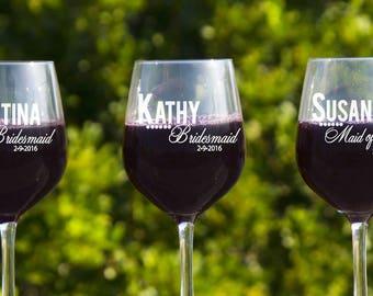 Personalized Wedding Glasses, Custom Wedding Glasses, 10 Bridesmaids Glasses, Wedding Wine, Engraved Wine Glasses, Bridal Party Gifts,
