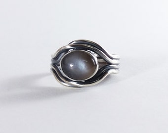 Moonstone mens ring, Gray Stone Ring for Men, Eye Ring, Natural Moonstone Gemstone Ring, Black Sterling Silver, Alternative Style Ring Band