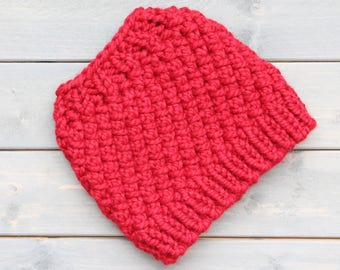 Knitting Pattern For Running Hat : Cranberry scarf Etsy