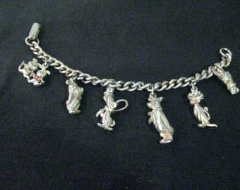 HANNA BARBERA CHARM Bracelet with 6 Cartoon Character Charms Vintage 1959