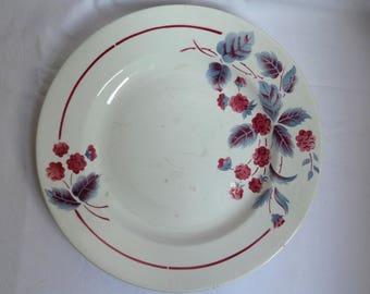 "Former ""The blackberries"" in Digoin Sarreguemines France round plate / vegetal motif / large plate / gift kitchen vintage table decoration"